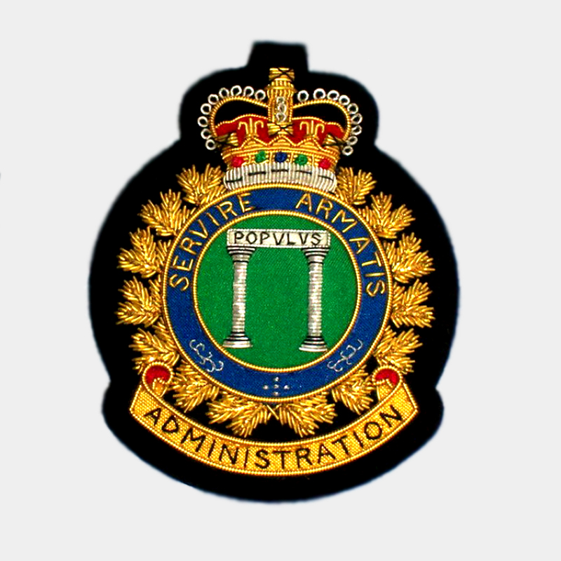 RAF Royal Air Force Station canadian Squadron Servare Armatis Hand Embroidery Bullion Wire badge